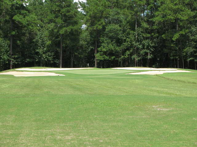 The par 3 at Lost Plantation Golf Club in Rincon, Ga. is simple: on the green or at the beach.