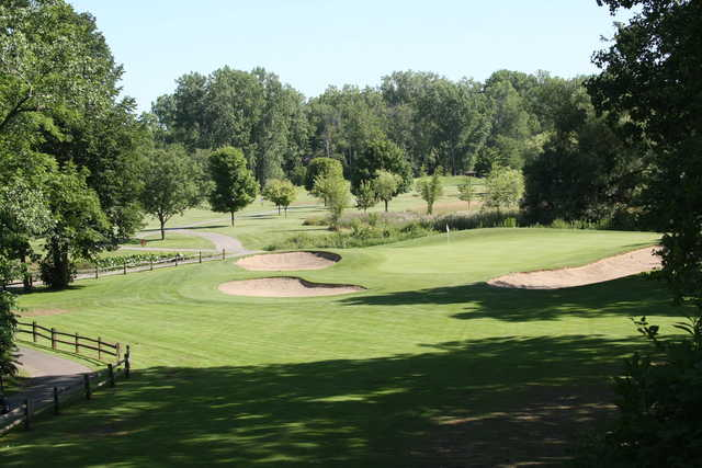 View of a green at Willow Metropark Golf Course