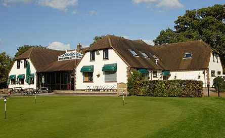 A view of the clubhouse at Oak Park Golf Club