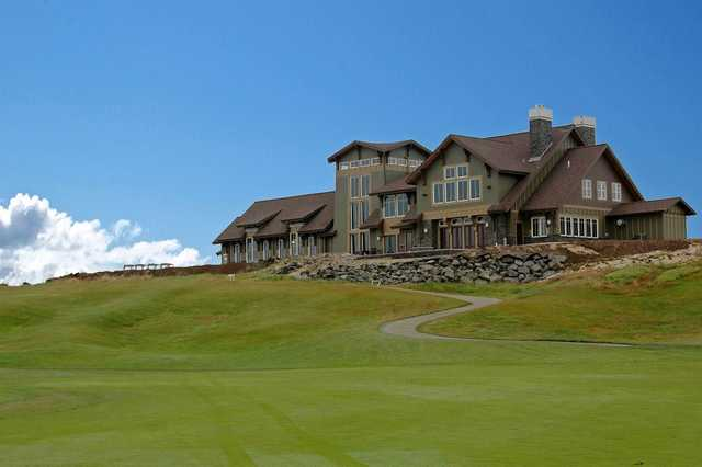 View of the Florence Golf Links clubhouse