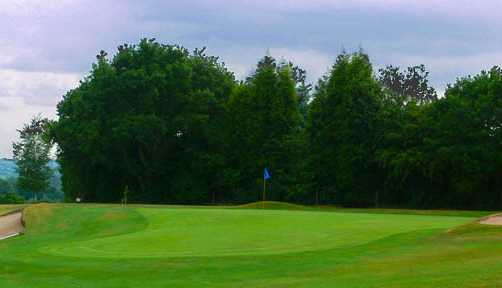 A view of the 9th green at Halesowen Golf Club