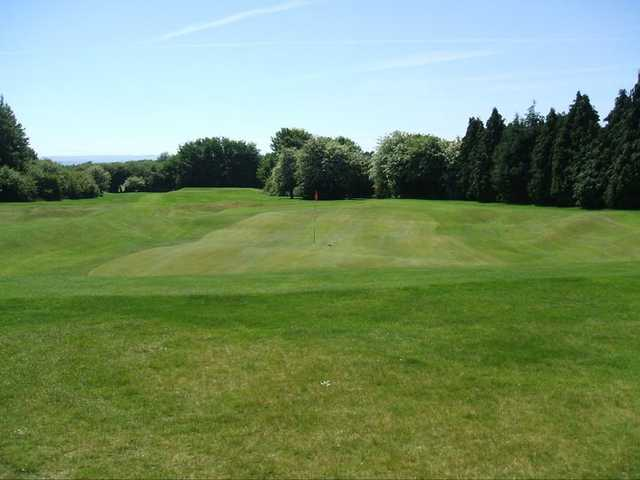 A view of green #4 at Kingsdown Golf Club
