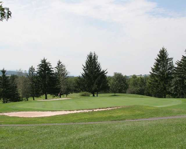 View of the 10th hole at Lost Creek Golf Club