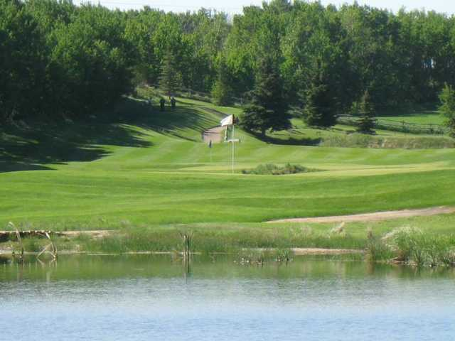 A view over the water of the 5th and 3th hole at Nursery Golf and Country Club