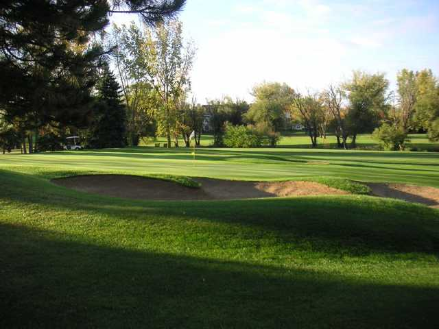 A view of the 4th green at Heather Ridge Golf Course