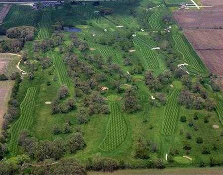 Aerial view of Oak Springs Golf Course