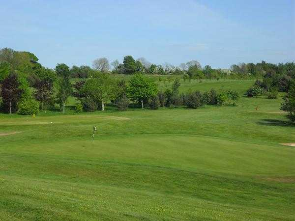 A view of the 4th green at Mackintosh Course from Cottrell Park Golf Club