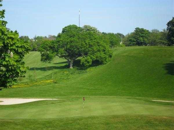 A view of hole #15 at Mackintosh Course from Cottrell Park Golf Club
