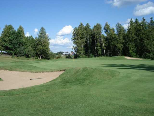 A view of hole #17 guarded by bunkers from Homestead at Wolf Ridge