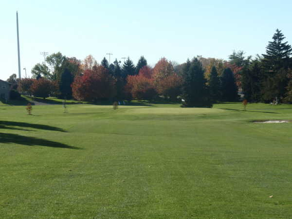 A view of a green protected by bunker at Executive Nine from Bethlehem Golf Course