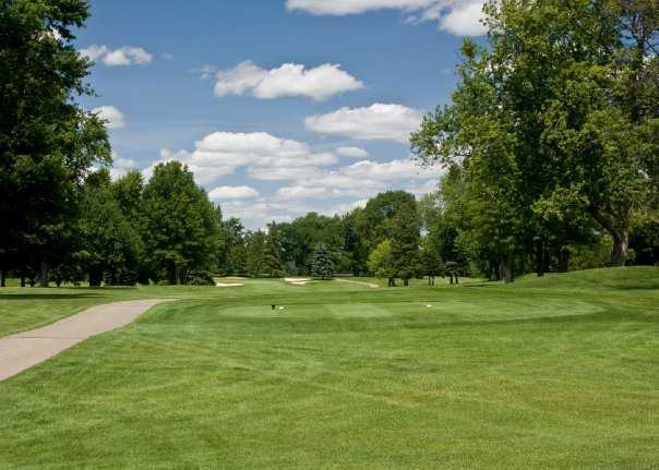 A view of a tee at Washtenaw Golf Club