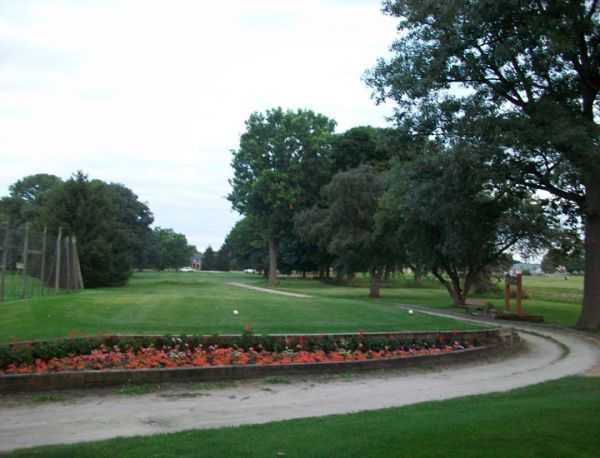 A view of a tee at Manteno Golf Club