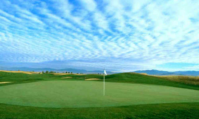 A view of a green at Ranch Club