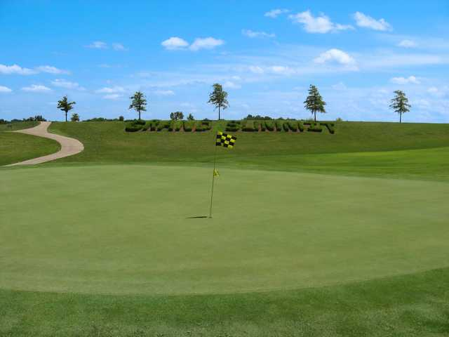 View of a green at Grand Summit Golf & Country Club