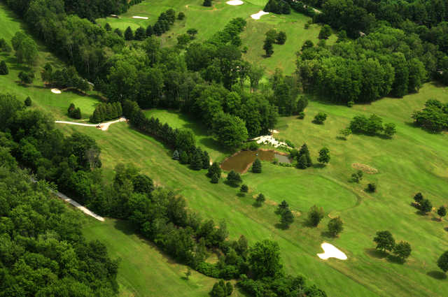 Aerial view of Woodside Greens Golf Club
