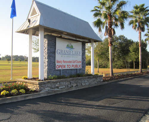 A view of the entrance area at Grand Lake RV and Golf Resort