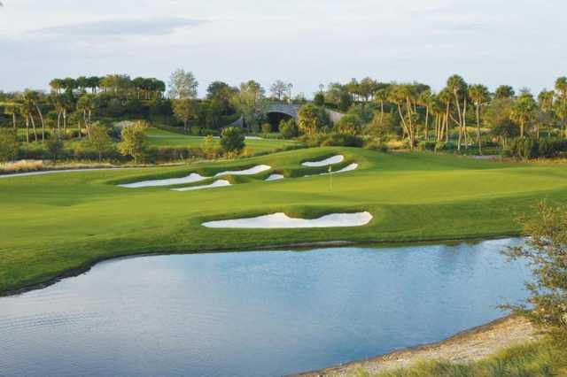 A view of the 9th green at Parkland Golf Club