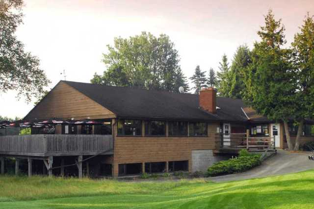 A view of the clubhouse at Orangeville Golf Club