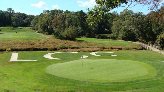 A view of a green at Lakewood Country Club