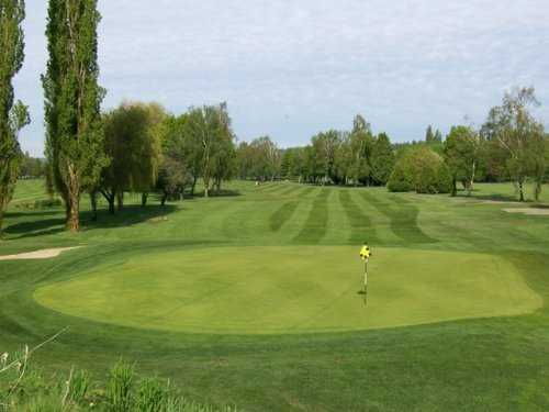 A view of green #13 at Main from Surrey Golf Club