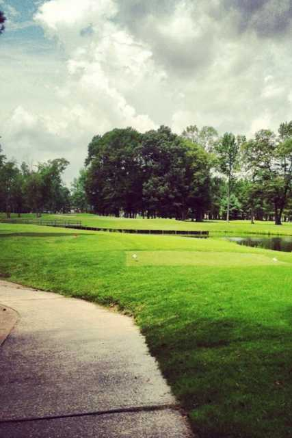 A view of tee #17 at Baywood Golf Club