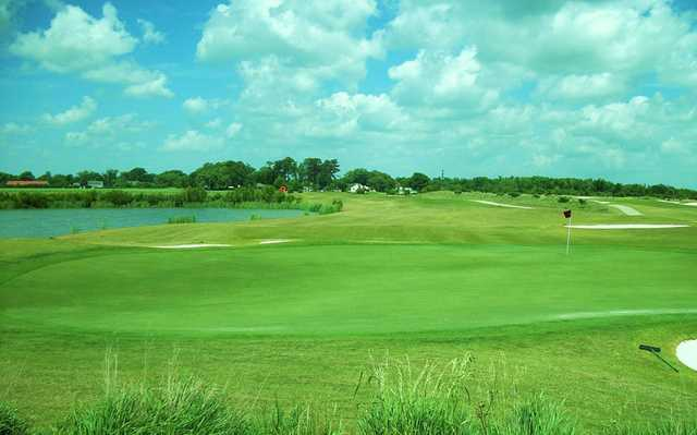 A view of green #8 at LaTour Golf Club