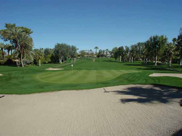A view of green #7 protected by a collection of bunkers at Tamarisk Country Club