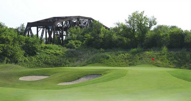 A view of a hole protected by sand traps at Royal Niagara Golf Club