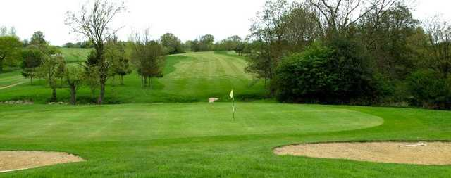A view of the 6th green at Brentwood Golf Club
