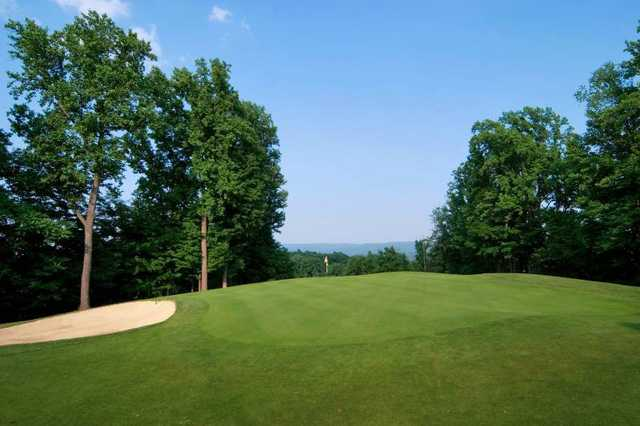 A view of a hole at Lakeview Golf Resort & Spa