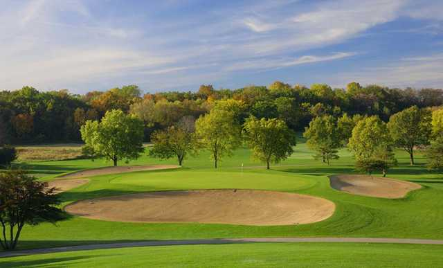 A view of a green surrounded by bunkers at Grand Geneva Resort