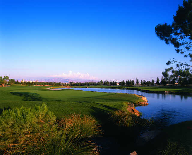 Desert Pines Golf Club: View from #18