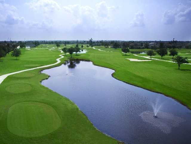 A view of a tee at Stonebridge Golf Club of New Orleans
