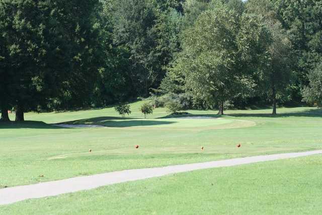 A view of a tee at Lenoir Golf Club