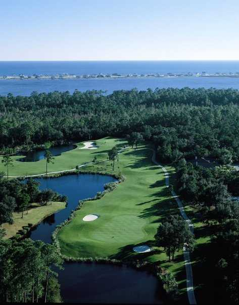 Aerial view from Peninsula Golf & Racquet Club
