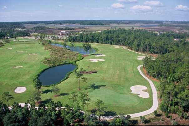 Aerial view of the 1st green at RiverTowne Country Club