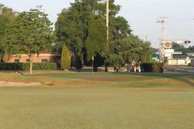 A view of green #11 at Bartow Golf Course