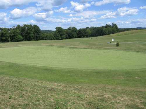 A view of the 2nd hole at Deertrak Golf Club