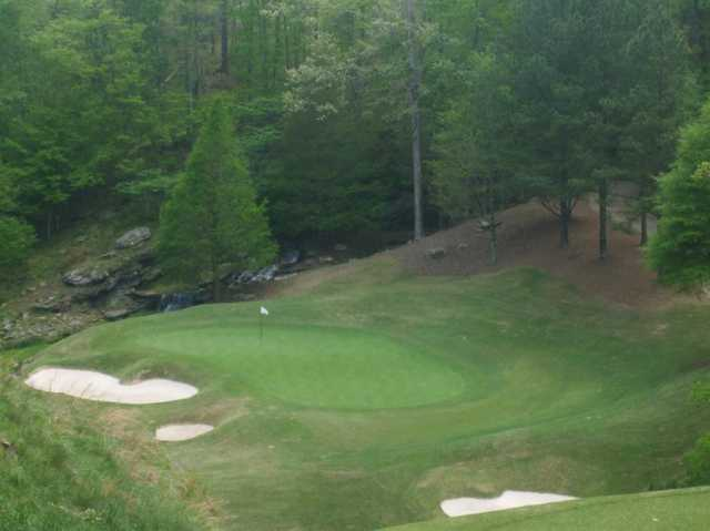 A view of the 8th green at Old Overton Club