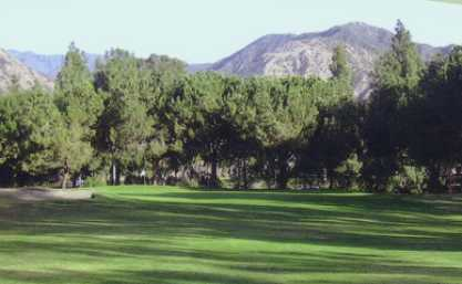 A view of a fairway at Azusa Greens Country Club (Golfcourseranking)