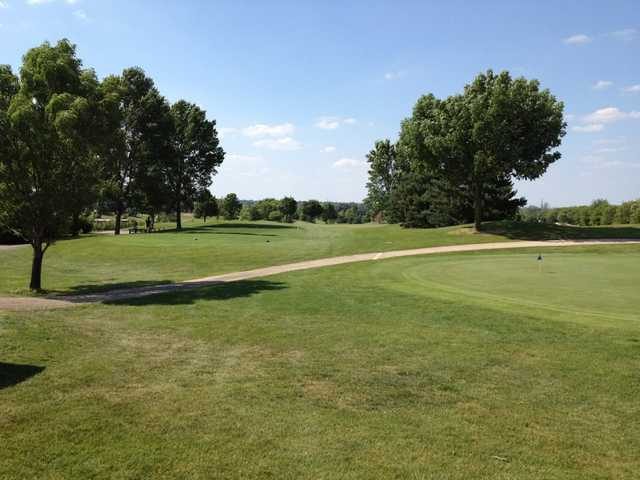 A view of the practice area at Marengo Ridge Golf & Country Club