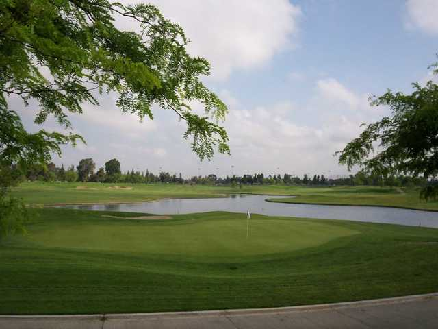 A view of the 4th green at Players Course from Mile Square Golf Course