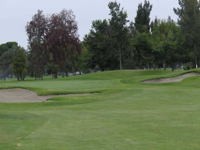 A view of hole #18 at Players Course from Mile Square Golf Course