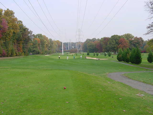 A view from tee #2 at Jefferson District Golf Course (Bilmon)
