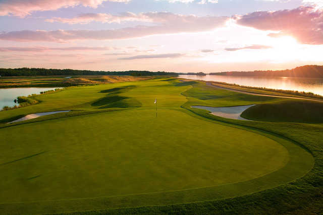 A view of a green guarded by bunkers at Riverview Course from Trump National Golf Club - Washington D.C.