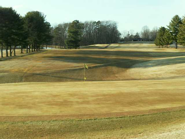 A sunny day view of a hole at Cedarbrook Country Club