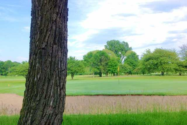 A view of a hole at Lake Bluff Golf Club