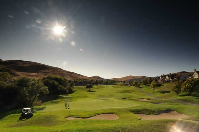A view of the 18th green at Hiddenbrooke Golf Club (Talbot Photography)