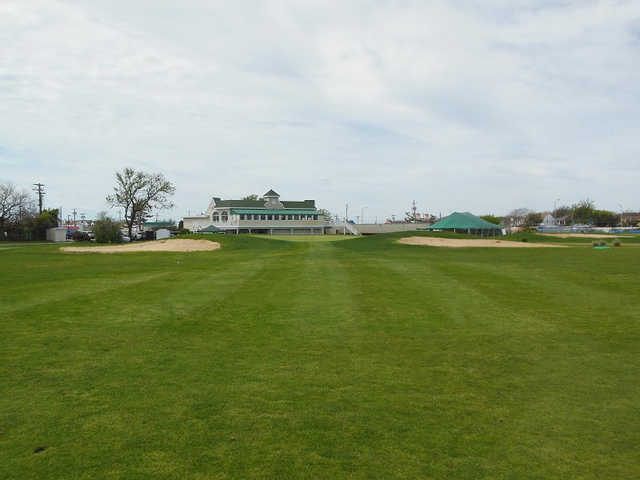 A view of a fairway at Lido Golf Club