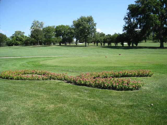 A view of a tee at Flag Creek Golf Course